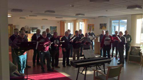 Der MGV Edelweiß singt in der LWL Klinik