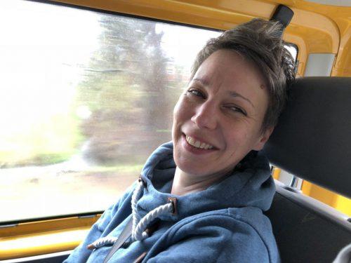 Spaß im gelben Bus